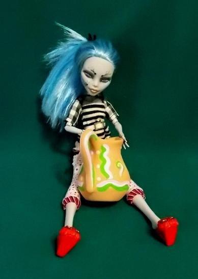 Фото наших Monster High - Страница 15 7b9f1032822b
