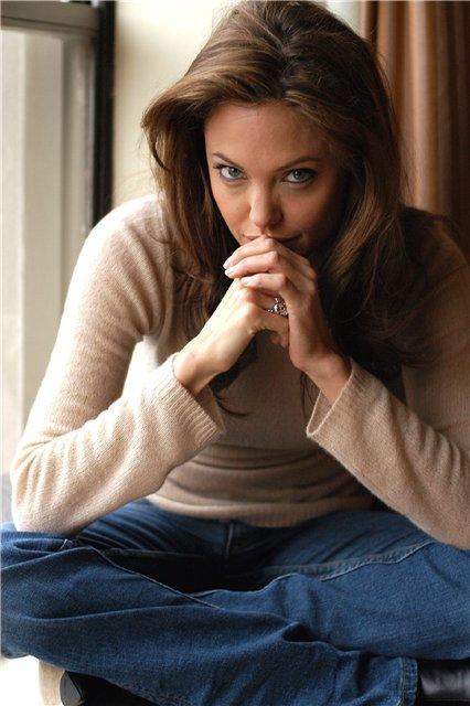 Анжелина Джоли / Angelina Jolie - Страница 2 22e89c5290e8
