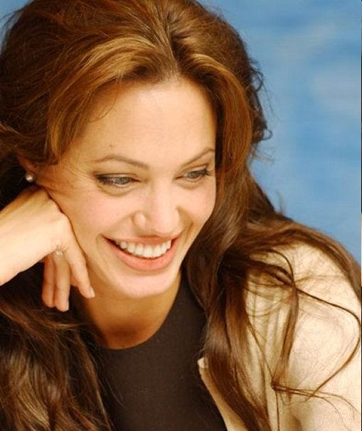 Анжелина Джоли / Angelina Jolie - Страница 2 53de2767c3a3