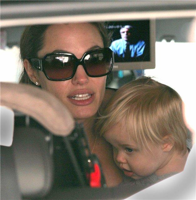 Анжелина Джоли / Angelina Jolie - Страница 3 B9da3fa06215