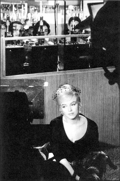 Marilyn Monroe - Page 9 0fb0e15612b4