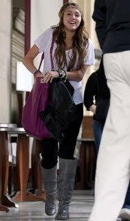 Miley Cyrus 6db06406a3ce