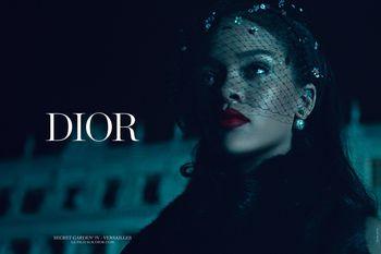Christian Dior et Versailles - Page 5 23895953_280546
