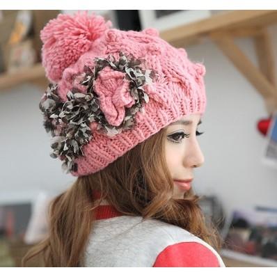 قبعات بنات روعة  Fashion-girl-warm-winter-knit-Favim.com-598538