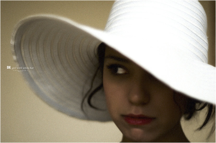 قبعات بنات روعة  Hat-lips-red-girl-Favim.com-604809
