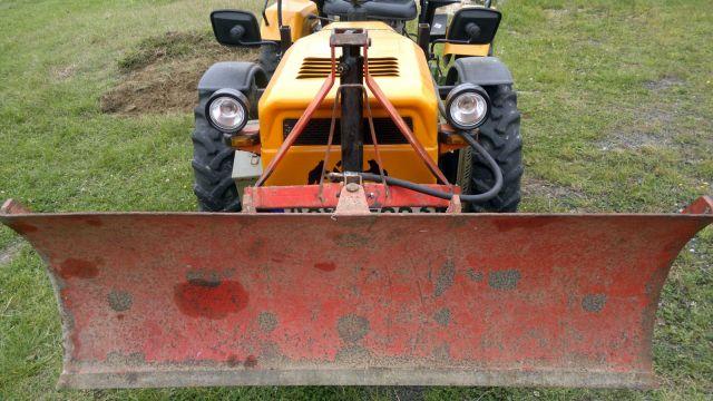 Komunalna oprema za traktore - Page 12 23369024