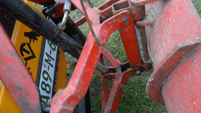 Komunalna oprema za traktore - Page 12 23369028