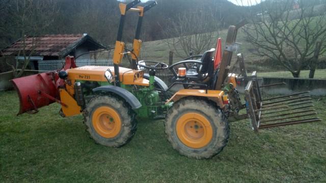 Zadnji traktorski utovarivač - Page 3 23445512