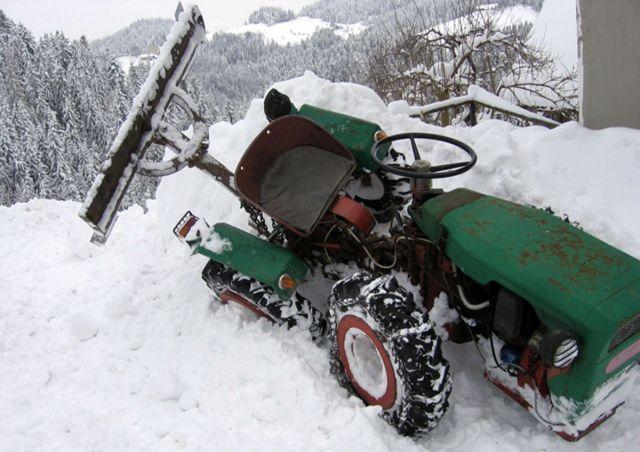Komunalna oprema za traktore - Page 3 22073754