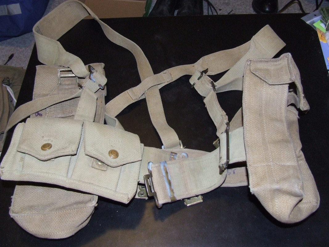 1940, 1941 and 1942  Canadian P37 web belts 051