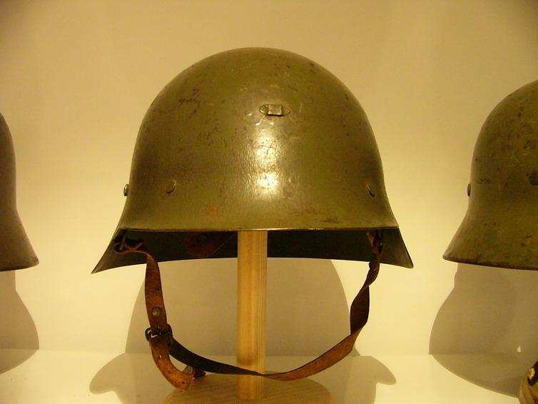 casco - Mod. 35 alemán en España. P1040426
