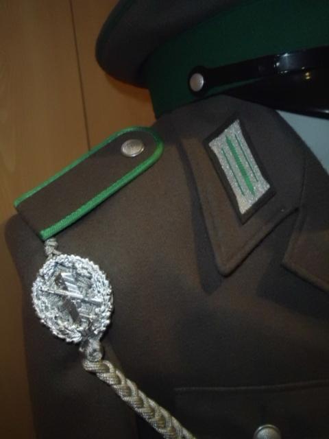 Uniformes de la RDA DSCI0685