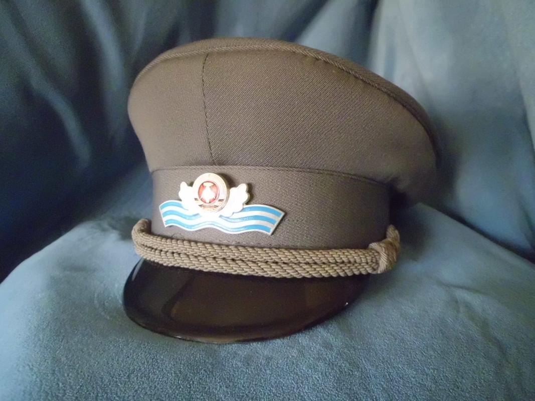 gorras - Gorras de la RDA DSCI0117