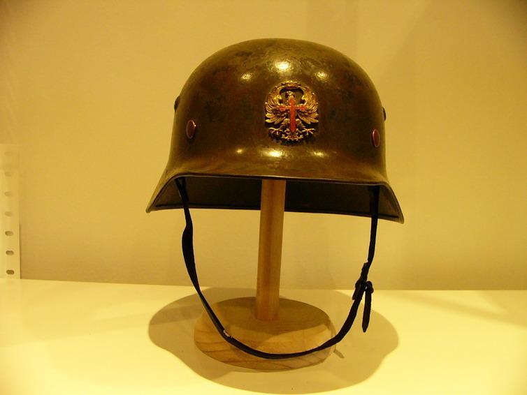 casco - Mod. 35 alemán en España. M35_con_gallina_011_Int_Espa_ol_col_FJPalomer
