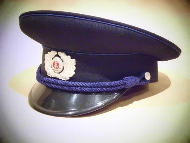 Gorras de la RDA DSCI0123