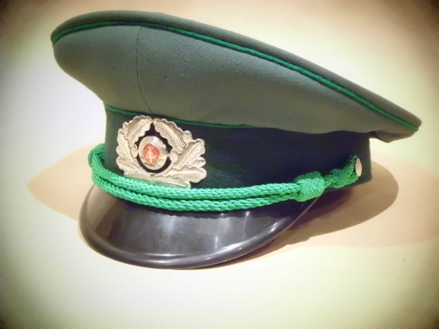 gorras - Gorras de la RDA DSCI0122