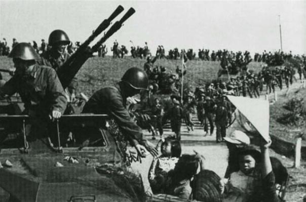 Casco M-56 RDA,historia y desarrollo. P2347579