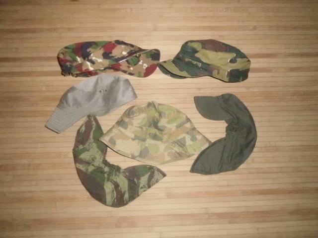 Lote de gorras de campaña de varios paises. DSCI0427