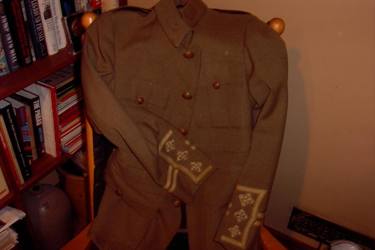 Cuff rank tunic, what pattern? Image010