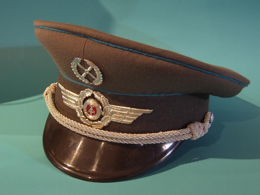 Gorras de la RDA EPSN6152
