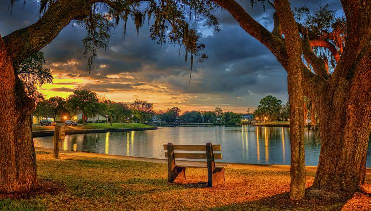 Gijom Muso-Central Park - Page 3 USA_Parks_Evening_Pond_Tarpon_Springs_Florida_515971_1280x727