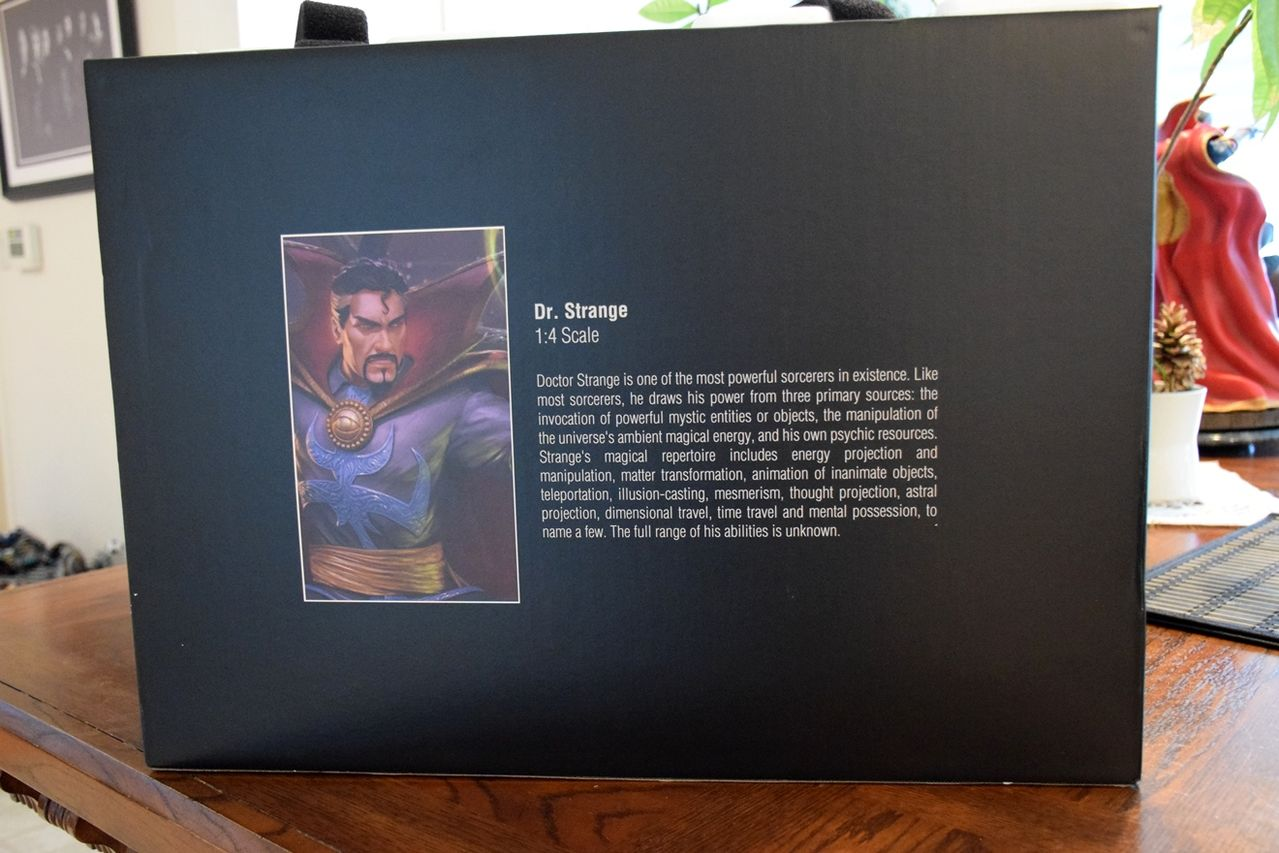 Premium Collectibles : Doctor Strange - Page 5 Drs_box3