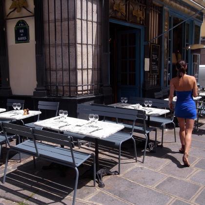 Stan u Parizu - Gijom Muso - Page 7 113927878.qh_Kga_YXa.R0011684_PBase_Parisinblue