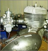 .................*NICK BRAMLEY'S  186CC ENGINE*............. - Page 4 ENGINE_NEAR_READY_FOR_TESTING_2