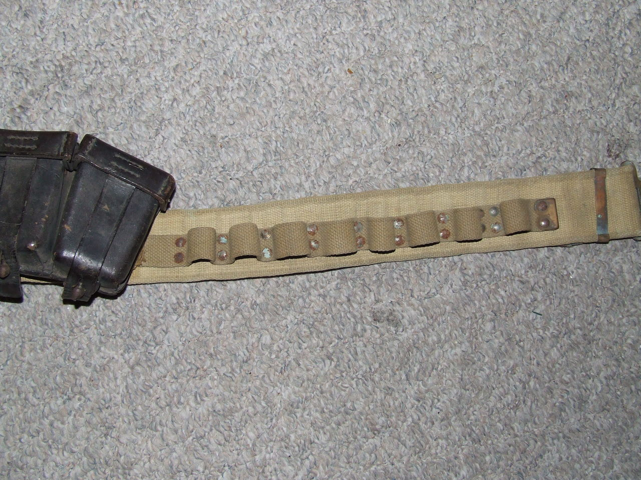 WW2 Canadian Airborne made paratroopers cartridge belt 004