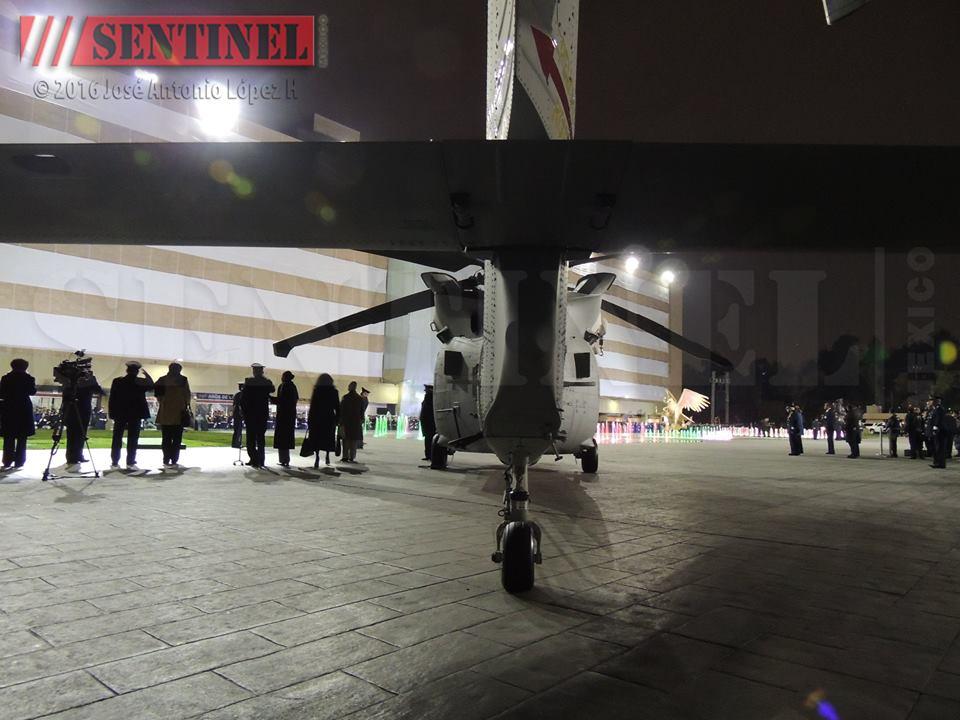Estados Unidos aprueba venta de 18 helicópteros Black Hawk a México (+8 Extra) - Página 11 12809642_665647073538949_7822411239200984391_n