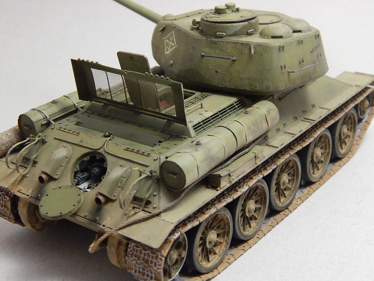 """""""Т-34/85. 1-я Гвардейская танковая армия, 11-й Гвардейский корпус, 44-я Гвардейская бригада."""" Берлин 1945 г. DSCN3036"""