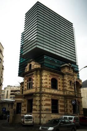 Kuća u kojoj stanuje vrag Fantastic_buildings_architecture_48
