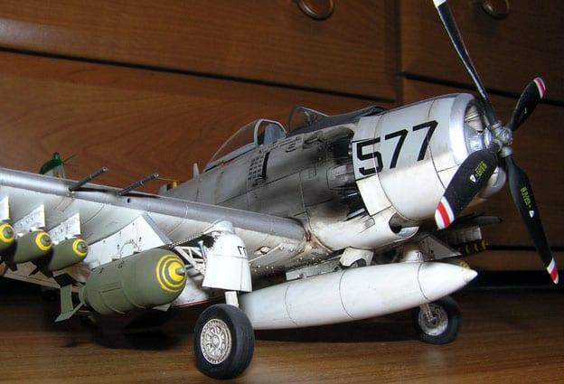 Skyraider A-1H Tamiya 1/48 A1_2