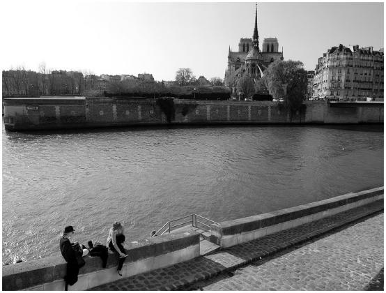 Stan u Parizu - Gijom Muso - Page 5 111017523.RD2f_SLe2.P3310751_PB_e_Cadre