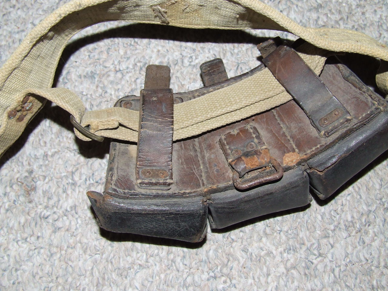 WW2 Canadian Airborne made paratroopers cartridge belt 005