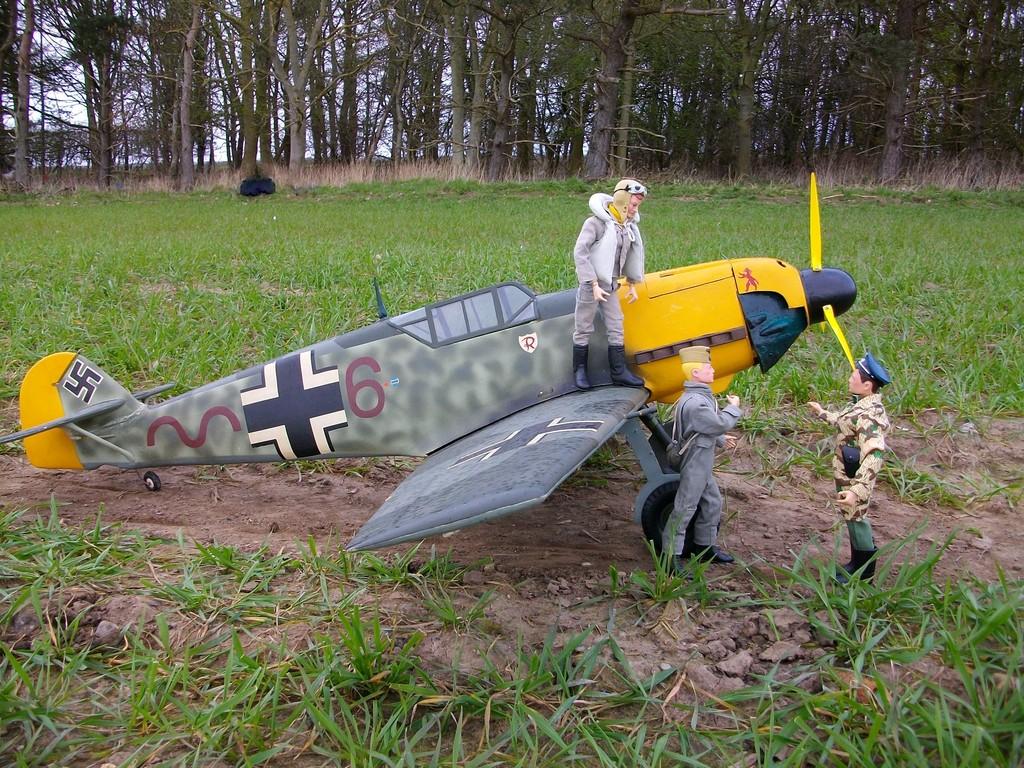 German DAK ME109 fighter pilot . IMGP1225_zpslmrcsjmv