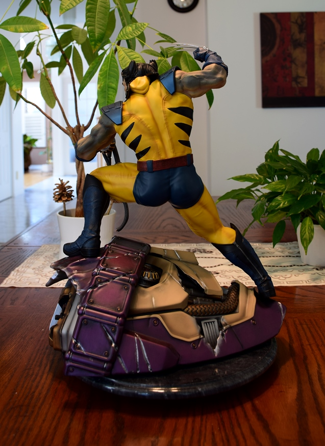 Premium Collectibles : Wolverine - Comics Version - Page 11 W12