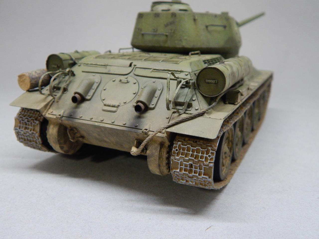 """""""Т-34/85. 1-я Гвардейская танковая армия, 11-й Гвардейский корпус, 44-я Гвардейская бригада."""" Берлин 1945 г. DSCN3112"""