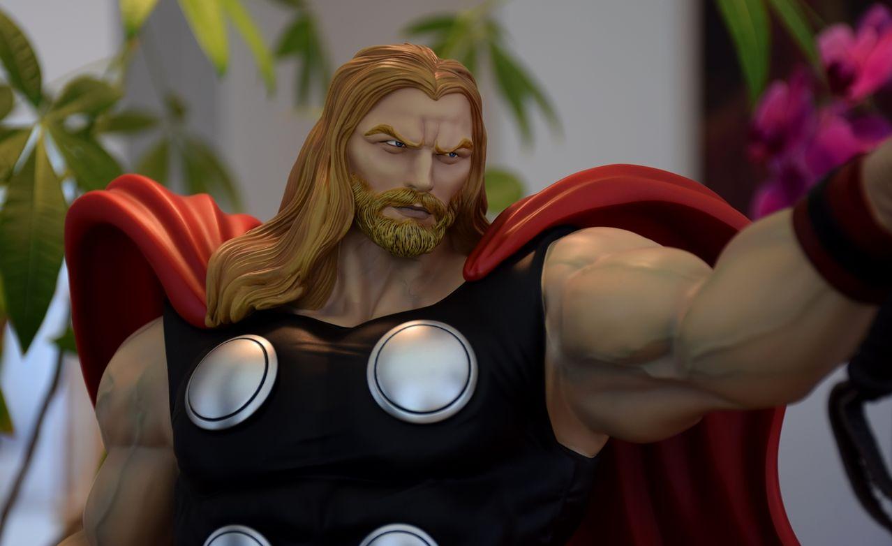 Premium Collectibles : Thor - Comics version  - Page 10 Xmthor7