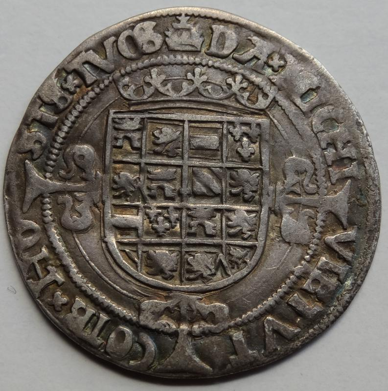 Real s.F (1521-1545) Carlos V, Amberes de Brabante DSC02463