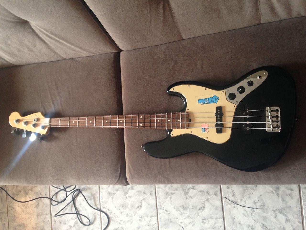 Que Jazz Bass é este? - Página 2 IMG_2582
