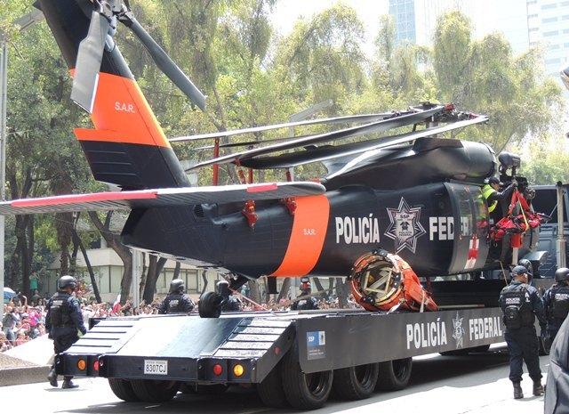 Black Hawks de la Policia Federal. - Página 6 Dscn2750m