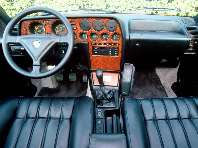 Lancia Thema 8.32 375469f1facd