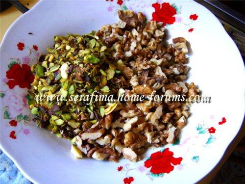 Маль-бан - сладость из увареного виноградного сока с орехами. Арабская кухня 5b75c2e4ca63