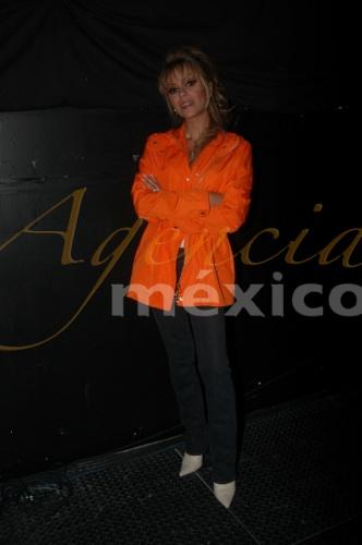 Даниэла Кастро / Daniela Castro - Страница 2 312e95583282