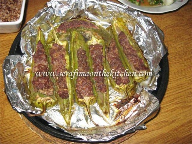 Фаршированные острые перцы, приготовленные  в духовке 1108ab16abb8