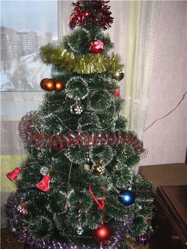 Новогодняя елка - Страница 4 668267fc85ea