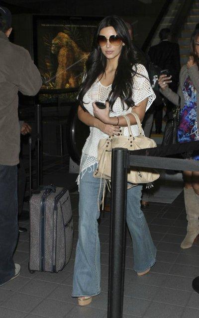 Kim Kardashian  26bdb9416dd5