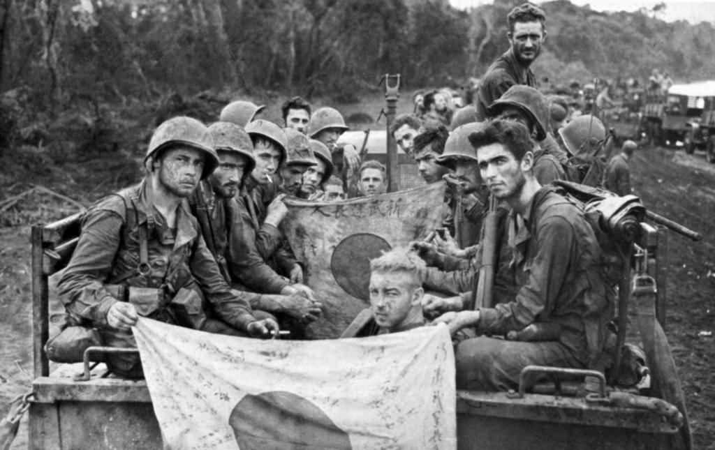 casco - Mis apuntes de WWII Bandera_japo
