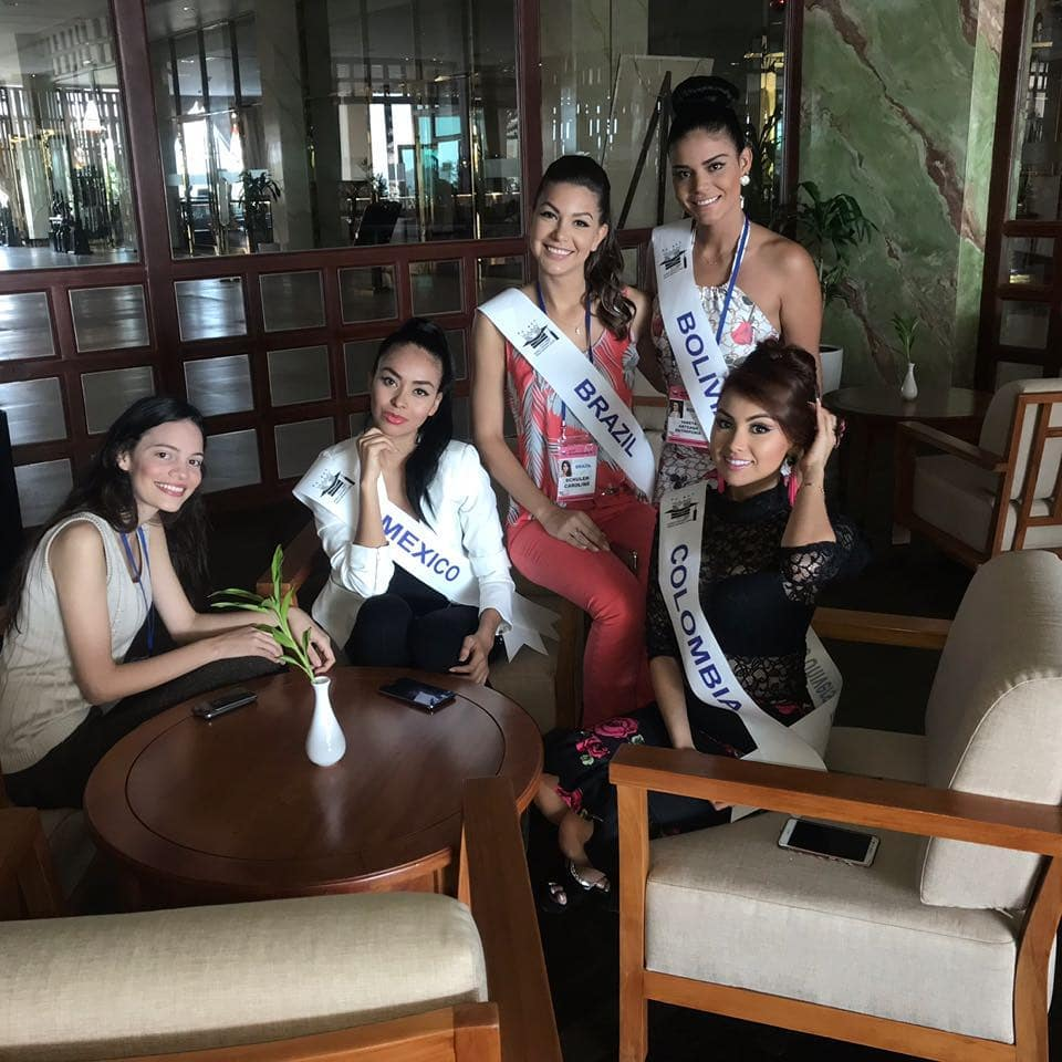 carolina schuler, 3rd runner-up de miss asia pacific international 2019/miss brasil universitaria 2017. - Página 2 24862556_938740562939676_6590888027922651800_n